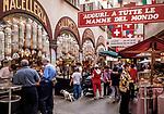 Schweiz, Tessin, Lugano (Altstadt): Spezialitäten Gabbani in der Via Pessina | Switzerland, Ticino, Lugano (Old Town): specalties Gabbani at Via Pessina