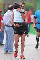 MEDELLÍN -COLOMBIA-08-09-2013. Juan Carlos Cardona fue el ganador de la categoría maraton 42km. La Maratón de las Flores certamen deportivo de calle más importante de la ciudad y el pionero en el país, tuvo recorridos en las distancias de 42, 21, 10, 5 y 2 Kilómetros por las calles de Medellín./ Juan Carlos Cardona was the winner in the 42 Km marathon category. The Maraton de las Flores the most important sport event in the city and pioneer in the country had  different tours in the distances of 42, 21, 10, 5 and 2 kms on the streets of Medellin.  Photo:VizzorImage/Luis Ríos/STR
