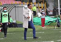 BOGOTÁ- COLOMBIA, 08-08-2021: Alexis García técnico de La Equidad gesticula durante partido por la fecha 4 entre La Equidad y el Deportivo Independiente Medellín como parte de la Liga BetPlay DIMAYOR II 2021 jugado en el estadio Metropolitano de Techo de la ciudad de Bogotá. /  Alexis Garcia  coach of La Equidad gestures during Match for the date 4 between La Equidad and Deportivo Independiente Medellin  as part of the BetPlay DIMAYOR League II 2021 played at Metropolitano de Techo    stadium in Bogota city. Photo: VizzorImage / Felipe Caicedo / Staff