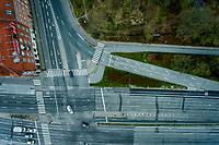 Corona Lockdown. Der er ikke meget trafik her mellem 6.11 og 6.37 torsdag den 9. april ved Helsingørmotorvejens slutning på Hans Knudsens Plads på Østerbro i København. Foto: Jens Panduro