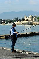 Angler, Antico Stabilimento Balneare im Seebad Mondello, Sizilien, Italien