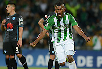 MEDELLÍN -COLOMBIA-13-09-2016. Miguel Borja jugador de Atlético Nacional de Colombia celebra después de anotar un gol a Bolívar de Bolivia durante partido de vuelta, segunda fase Llave 4, por la Copa Sudamericana 2016 jugado en el estadio Atanasio Girardot de la ciudad de Medellín. / Miguel Borja player of Atletico Nacional of Colombia celebrates after scoring a goal to Bolivar of Bolivia ¿during second leg match, second phase Key 4, for the Southamerican Cup 2016 played at Atanasio Girardot stadium in Medellin city. Photo: VizzorImage/ León Monsalve /