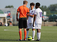 referee Cis Bellon talking to Theo Leoni (16) of Anderlecht and Chris-Emmanuel Lokesa (10) of Anderlecht during a friendly soccer game between K Londerzeel SK and RSC Anderlecht Reserves during the preparations for the 2021-2022 season , on Wednesday 21st of July 2021 in Londerzeel , Belgium . PHOTO SEVIL OKTEM | SPORTPIX