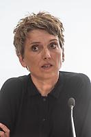 Ein breites Buendnis aus Umwelt- und Verkehrssicherheitsverbaenden fordert ein Tempolimit auf Autobahnen.<br /> Auf einer Pressekonferenz am Freitag den 21. Juni 2019 in Berlin erklaerten die Vertreter der Deutschen Umwelthilfe (DUH), des Verkehrsclub Deutschland (VCD), der Verkehrsunfall-Opferhilfe (VOD), Changing Cities und Greenpeace, dass in Deutschland als einzigem Staat in Europa auf 80 Prozent der Autobahnen ohne jede Tempolimit gefahren werden kann. Gaebe es ein Tempolimit von 80 km/h ausserorts und 120 km/h auf Autobahnen wie beispielsweise die Schweiz, koennten sofort bis zu fuenf Millionen Tonnen des Klimagases CO2 vermieden werden. Zudem wuerde es ueber 100 Todesopfer und mehr als 5.000 Verletzte verhindern. Innerstaedtisch wuerde zudem eine Regelgeschwindigkeit von 30 km/h mehr Sicherheit und weniger Verkehrslaerm bedeuten.<br /> Im Bild: Ragnhild Soerensen, Pressesprecherin Changing Cities.<br /> 21.6.2019, Berlin<br /> Copyright: Christian-Ditsch.de<br /> [Inhaltsveraendernde Manipulation des Fotos nur nach ausdruecklicher Genehmigung des Fotografen. Vereinbarungen ueber Abtretung von Persoenlichkeitsrechten/Model Release der abgebildeten Person/Personen liegen nicht vor. NO MODEL RELEASE! Nur fuer Redaktionelle Zwecke. Don't publish without copyright Christian-Ditsch.de, Veroeffentlichung nur mit Fotografennennung, sowie gegen Honorar, MwSt. und Beleg. Konto: I N G - D i B a, IBAN DE58500105175400192269, BIC INGDDEFFXXX, Kontakt: post@christian-ditsch.de<br /> Bei der Bearbeitung der Dateiinformationen darf die Urheberkennzeichnung in den EXIF- und  IPTC-Daten nicht entfernt werden, diese sind in digitalen Medien nach §95c UrhG rechtlich geschuetzt. Der Urhebervermerk wird gemaess §13 UrhG verlangt.]
