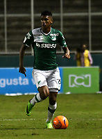 CALI - COLOMBIA – 14 - 06 - 2017: Jeison Angulo, jugador de Deportivo Cali, durante partido de ida de la final entre Deportivo Cali y Atletico Nacional, por la Liga Aguila I-2017, jugado en el estadio Deportivo Cali (Palmaseca) de la ciudad de Cali. / Jeison Angulo, player of Deportivo Cali, during a match of the first leg of the finals between Deportivo Cali and Atletico Nacional, for the Liga Aguila I-2017 at the Deportivo Cali (Palmaseca) stadium in Cali city. Photo: VizzorImage  / Luis Ramirez / Staff.