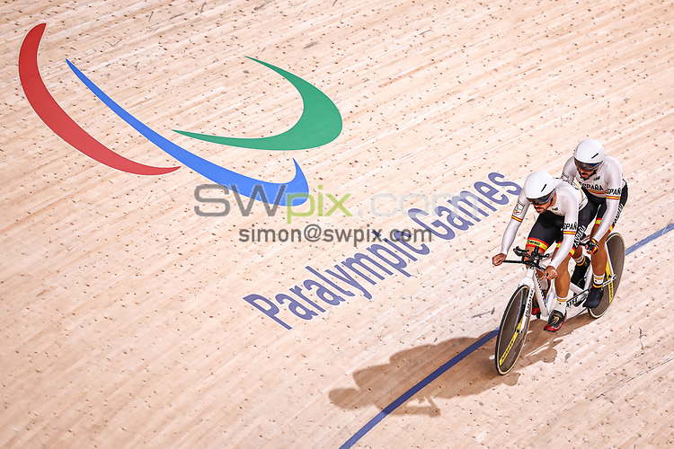 Picture by Alex Whitehead/SWpix.com - Tokyo 2020 Paralympics - 24/08/2021 - Track Cycling - Izu Velodrome, Izu, Japan - Adolfo Bellido Guerrero piloted by Eloy Teruel Rovira of Spain during practice.