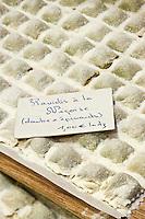 Europe/France/Provence-Alpes-Côte d'Azur/06/Alpes-Maritimes/Nice: Raviolis à la Nicoise: daube et épinards  chez les  Pâtes Baral