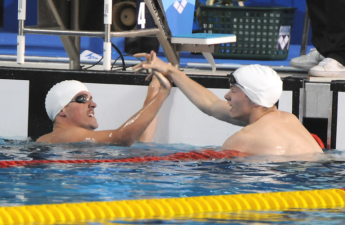 Adam Rahier and Maxime Rouselle, Guadalajara 2011 - Para Swimming // Paranatation.<br /> Adam Rahier and Maxime Rouselle congratulate each other after winning Silver and Bronze in the 100m breaststroke // Adam Rahier et Maxime Rouselle se félicitent après avoir remporté l'argent et le bronze au 100 m brasse. 11/13/2011.