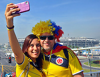 RIO DE JANEIRO - BRASIL -01-07-2014. Hinchas de Colombia en  Rio de Janeiro por la Copa Mundial de la FIFA Brasil 2014 , rumbo a Fortaleza para el encuentro con la seleccion de Brazil ./ Fans of Colombia in Rio de Janeiro for the World Cup Brazil 2014, heading to Fortaleza for the meeting with the selection of Brazil. Photo: VizzorImage / Alfredo Gutierrez / Contribuidor
