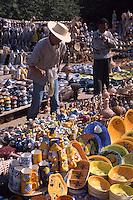 Tunesien, Djerba, Markt in Houmt Souk, Keramik