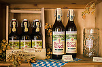 Deutschland, Rheinland-Pfalz, Moseltal, bei Bernkastel-Kues: Bockbier der Klosterbrauerei Machern | Germany, Rhineland-Palatinate, Moselle Valley, near Bernkastel-Kues: Bock beer of convent brewery Machern