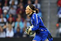 Canada golkeeper Erin MacLeod.