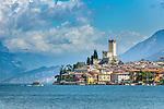 Italy, Veneto, Lake Garda, Malcesine: old town with castle   Italien, Venetien, Gardasee, Malcesine: Altstadt und Scaligerburg  