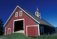 red barn, Vermont, VT, Red barn at Mountain Valley Farm in Waitsfield in Mad River Valley