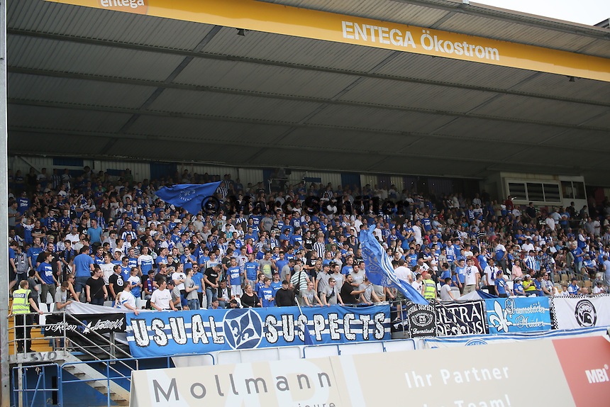 Fans des SV Darmstadt 98 - SV Darmstadt 98 vs. SV Sandhausen, Stadion am Boellenfalltor