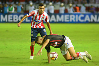 BARRANQUIILLA - COLOMBIA, 05-12-2018:Victor Cantillo (Izq.) de Junior disputa el balón con Bruno Guimaraes  (Der.) del Paranaense durante el encuentro entre Atlético Junior de Colombia e Atlético Paranaense de Brasil por la final, ida, de la Copa CONMEBOL Sudamericana 2018 jugado en el estadio Metropolitano Roberto Meléndez de la ciudad de Barranquilla. / Victor Cantillo (L) of Junior struggles for the ball with Bruno Guimaraes  (R) of Paranaense during a final first leg match between Atletico Junior of Colombia and Atlético Paranaense of Brazil as a part of Copa CONMEBOL Sudamericana 2018 played at Roberto Melendez Metropolitan stadium in Barranquilla city Atlético Junior de Colombia y Atlético Paranaense de Brasil en partido por la final, ida, de la Copa CONMEBOL Sudamericana 2018 jugado en el estadio Metropolitano Roberto Meléndez de la ciudad de Barranquilla. / Atletico Junior of Colombia and Atletico Paranaense of Brazil in Final first leg match as a part of Copa CONMEBOL Sudamericana 2018 played at Roberto Melendez Metropolitan stadium in Barranquilla city.  Photo: VizzorImage / Alfonso Cervantes / Cont