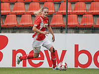 Standard's Sylke Calleeuw (9) with the ball during a female soccer game between Standard Femina de Liege and KRC Genk Ladies  on the third matchday of the 2020 - 2021 season of Belgian Womens Super League , Saturday 3 rd of October 2020  in Liege , Belgium . PHOTO SPORTPIX.BE   SPP   SEVIL OKTEM