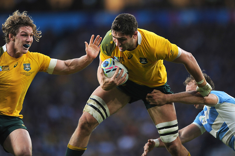 Rob Simmons of Australia is supported by Michael Hooper of Australia during the Semi Final of the Rugby World Cup 2015 between Argentina and Australia - 25/10/2015 - Twickenham Stadium, London<br /> Mandatory Credit: Rob Munro/Stewart Communications