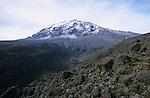 Vue du Kilimandjaro depuis le campement de Barafu (4700 m).