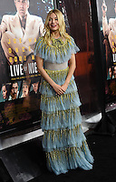 Sienna Miller @ the premiere of 'Live By Night' held @ the Chinese theatre. January 9, 2017