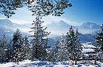 DEU, Deutschland, Bayern, Oberbayern, Berchtesgadener Land, Winterlandschaft mit Watzmann | DEU, Germany, Bavaria, Upper Bavaria, Berchtesgadener Land, winter scene and Watzmann mountain