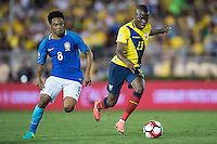 Actio photo during the match Brasil vs Ecuador, at Rose Bowl Stadium Copa America Centenario 2016. ---Foto  de accion durante el partido Brasil vs Ecuador, En el Estadio Rose Bowl, Partido Correspondiante al Grupo -B-  de la Copa America Centenario USA 2016, en la foto: (i)-(d) Elias, Enner Valencia<br /> --- 04/06/2016/MEXSPORT/ Osvaldo Aguilar