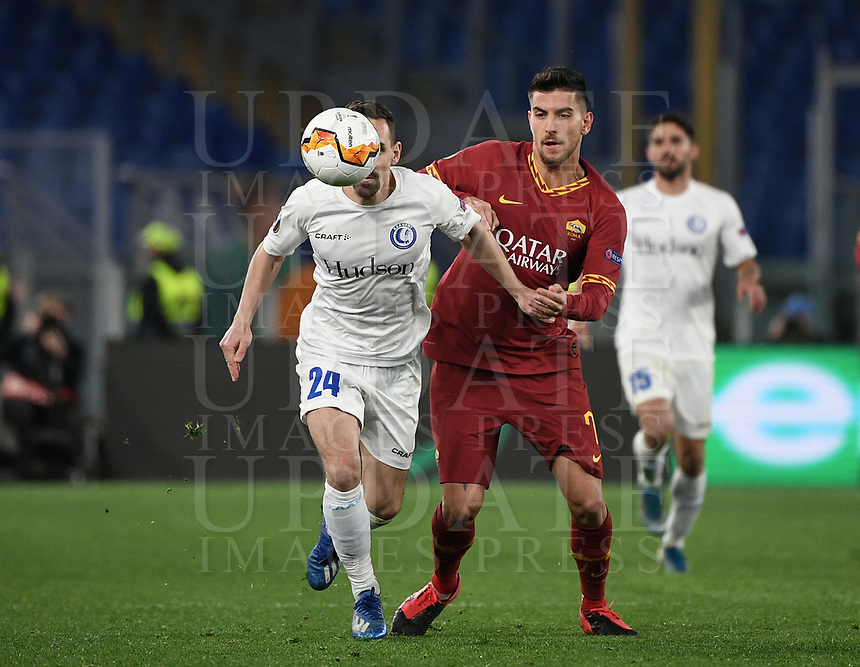 Football Soccer: UEFA Europa League round of 32 first leg AS Roma vs KAA Gent, Olympic stadium, Rome, 20 February, 2020.<br /> Gent's Sven Kums (l) in action with Roma's Lorenzo Pellegrini (r) during the Europa League football match between Roma and Gent at the Olympic stadium in Rome on 20 February, 2020.<br /> UPDATE IMAGES PRESS/Isabella Bonotto