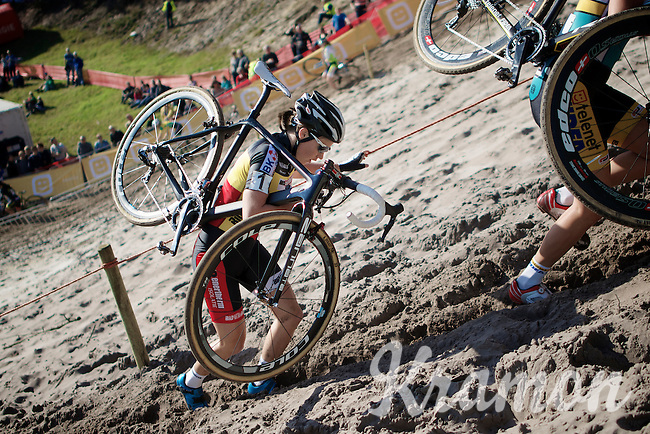 "Sanne Cant (BEL/BKCP-Powerplus) up the extreme steep sandy dune out of ""The Pit""<br /> <br /> GP Zonhoven 2014"