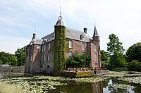Nederland Oud-Zuilen - 2020. Slot Zuylen is een van de oudste kastelen aan de Vecht. Het Slot heeft een rijke familiegeschiedenis met invloedrijke bewoners, waarin vrouwen, zoals schrijfster Belle van Zuylen, een prominente rol spelen. Foto Berlinda van Dam / ? ANP / Hollandse Hoogte