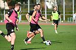 15.09.2020, Sportpark Illoshöhe, Osnabrück, GER, 2. FBL, Training VfL Osnabrueck <br /> <br /> im Bild<br /> Christian Santos (VfL Osnabrück, 9) am Ball.<br /> <br /> Foto © nordphoto / Paetzel