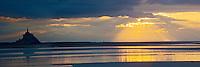 Europe/France/Basse-Normandie/50/Manche/Vains: Depuis la Pointe du Grouin du Sud - Vue sur la Baie du Mont-Saint-Michel - le Mont-Saint-Michel