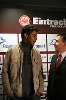 Neuzugang Caio (Eintracht) mit Dr. Thomas Proeckl (Vorstand Eintracht)<br /> Eintracht Frankfurt Vorstellung Caio<br /> *** Local Caption *** Foto ist honorarpflichtig! zzgl. gesetzl. MwSt. Auf Anfrage in hoeherer Qualitaet/Aufloesung. Belegexemplar an: Marc Schueler, Am Ziegelfalltor 4, 64625 Bensheim, Tel. +49 (0) 6251 86 96 134, www.gameday-mediaservices.de. Email: marc.schueler@gameday-mediaservices.de, Bankverbindung: Volksbank Bergstrasse, Kto.: 151297, BLZ: 50960101