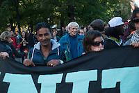 """Bis zu 1.500 Menschen haben am Samstag den 27. September 2014 in Berlin Kreuzberg unter dem Motto """"United Neighbours"""" (Vereinte Nachbarn) gegen Verdraengung sowie das deutsche und europaeische Asylsystem demonstriert. Dabei solidarisierten sie sich nicht nur mit den Fluechtlinge die fuer Asyl und ein Bleiberecht kaempfen, sondern auch mit den von der sog. Cuvry-Brache vertriebenen Menschen und anderen von Zwangsraeumung und Gentrifizierung Betroffenen.<br /> Die Demonstration wurde von einem grossen Polizeiaufgebot begleitet, darunter mehrere Einsatzhunderschaften mit speziellen Festnahme-Einsatzgruppen aus Baden-Wuertemberg.<br /> Im Bild: Christian Stroebele, Kreuzberger Direktkandidat von B90/Die Gruenen im Deutschen Bundestag. <br /> 27.9.2014, Berlin<br /> Copyright: Christian-Ditsch.de<br /> [Inhaltsveraendernde Manipulation des Fotos nur nach ausdruecklicher Genehmigung des Fotografen. Vereinbarungen ueber Abtretung von Persoenlichkeitsrechten/Model Release der abgebildeten Person/Personen liegen nicht vor. NO MODEL RELEASE! Don't publish without copyright Christian-Ditsch.de, Veroeffentlichung nur mit Fotografennennung, sowie gegen Honorar, MwSt. und Beleg. Konto: I N G - D i B a, IBAN DE58500105175400192269, BIC INGDDEFFXXX, Kontakt: post@christian-ditsch.de<br /> Urhebervermerk wird gemaess Paragraph 13 UHG verlangt.]"""