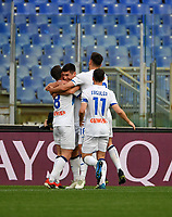 Football, Serie A: AS Roma - Atalanta Olympic stadium, Rome, April 22, 2021. <br /> Atalanta's Ruslan Malinovskyi (c) celebrates after scoring with his teamales during the Italian Serie A football match between AS Roma and Atalanta at Rome's Olympic stadium, Rome, on April 22, 2021.  <br /> UPDATE IMAGES PRESS/Isabella Bonotto