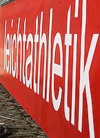 """Schriftzug """"Leichtathletik"""" auf einer Werbebande. Foto: Jan Kaefer / aif"""