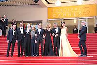 Julia Roberts Dominic West Caitriona Balfe Jodie Foster Jack O Connell George Clooney et sa femme Amal Clooney - CANNES 2016 - MONTEE DES MARCHES DU FILM 'MONEY MONSTER'