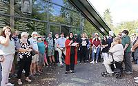 Mörfelden-Walldorf 05.07.2020: Protest am Horvath-Zentrum <br /> Schülerin der BvS bei ihrem Vortrag<br /> Foto: Vollformat/Marc Schüler, Schäfergasse 5, 65428 R'eim, Fon 0151/11654988, Bankverbindung KSKGG BLZ. 50852553 , KTO. 16003352. Alle Honorare zzgl. 7% MwSt.