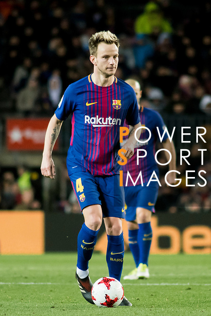 Ivan Rakitic of FC Barcelona in action during the Copa Del Rey 2017-18 Round of 16 (2nd leg) match between FC Barcelona and RC Celta de Vigo at Camp Nou on 11 January 2018 in Barcelona, Spain. Photo by Vicens Gimenez / Power Sport Images