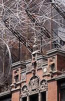 Europe/Espagne/Catalogne/Barcelone : Fondation Antoni Tapies qui possède une bibliothèque spécialisée en art non occidental
