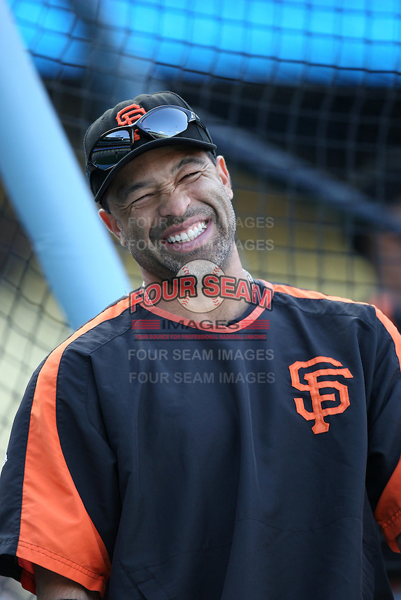 Dave Roberts of the San Francisco Giants during batting practice before a game from the 2007 season at Dodger Stadium in Los Angeles, California. (Larry Goren/Four Seam Images)