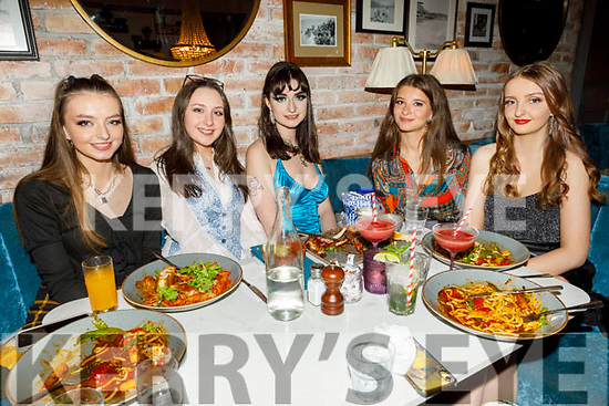 Clodagh Murphy from Banna celebrating her 19th birthday on Saturday in the Ashe Hotel. L to r: Jessica Murphy, Drew Hartnett, Clodagh Murphy, Diana Muriakri and Katie Murphy.
