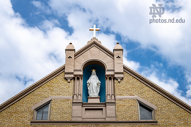 April 12, 2018; Mary statue on Corby Hall (Photo by Matt Cashore/University of Notre Dame)