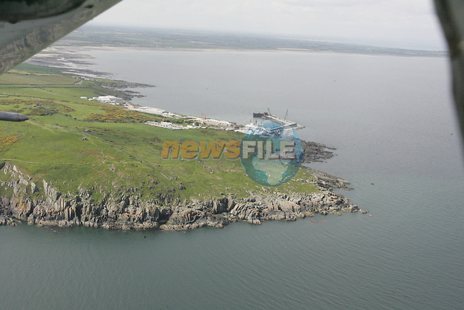 Aerial photo of Clogherhead with the pier in view. 04/06/06...Photo NEWSFILE/Fran Caffrey.(Photo credit should read Fran Caffrey/NEWSFILE)....This Picture has been sent you under the condtions enclosed by:.Newsfile Ltd..The Studio,.Millmount Abbey,.Drogheda,.Co Meath..Ireland..Tel: +353(0)41-9871240.Fax: +353(0)41-9871260.GSM: +353(0)86-2500958.email: pictures@newsfile.ie.www.newsfile.ie.FTP: 193.120.102.198...This picture is from Fran Caffrey@newsfile.ie