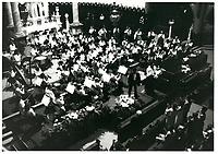 spectacle de l'OSM dirige par Charles DUTOIT, le 12 juillet 1985<br /> <br /> PHOTO :  Agence Quebec Presse