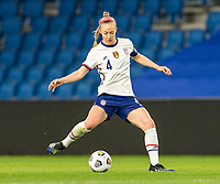 LE HAVRE, FRANCE - APRIL 13: Becky Sauerbrunn #4 of the USWNT passes the ball during a game between France and USWNT at Stade Oceane on April 13, 2021 in Le Havre, France.