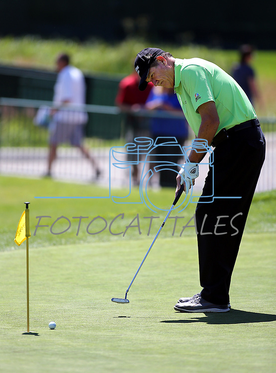Pro golfer and former MLB player Rick Rhoden practices on the putting green before an American Century Championship practice round at Edgewood Tahoe Golf Course in Stateline, Nev., on Wednesday, July 15, 2015. <br /> Photo by Cathleen Allison