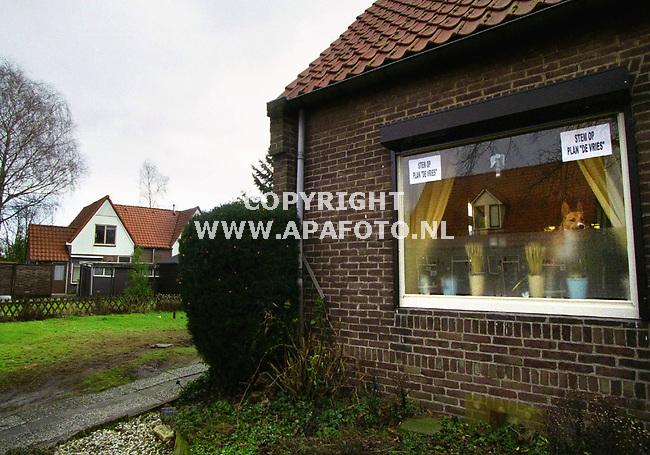 Apeldoorn,210100  foto: Koos Groenewold (APA-Foto)<br />Sfeerfoto van de metaalbuurt in Apeldoorn,het tuindorp dat met sloop bedreigd wordt.<br /><br />verhaal Joost Zwaga - APA Redaktie