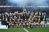 Richie McCaw lifts the Webb Ellis trophy as New Zealand celebrate winning the Rugby World Cup Final between New Zealand and Australia - 31/10/2015 - Twickenham Stadium, London<br /> Mandatory Credit: Rob Munro/Stewart Communications