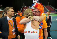 Moskou, Russia, Februari 7, 2016,  Fed Cup Russia-Netherlands, Kiki Bertens (NED) recieves congrats from her father<br /> Photo: Tennisimages/Henk Koster