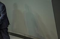 2. Sitzung des Deutschen Bundestag am Dienstag den 21. November 2017.<br /> Im Bild: Aussenminister Siegmar Gabriel, SPD.<br /> 21.11.2017, Berlin<br /> Copyright: Christian-Ditsch.de<br /> [Inhaltsveraendernde Manipulation des Fotos nur nach ausdruecklicher Genehmigung des Fotografen. Vereinbarungen ueber Abtretung von Persoenlichkeitsrechten/Model Release der abgebildeten Person/Personen liegen nicht vor. NO MODEL RELEASE! Nur fuer Redaktionelle Zwecke. Don't publish without copyright Christian-Ditsch.de, Veroeffentlichung nur mit Fotografennennung, sowie gegen Honorar, MwSt. und Beleg. Konto: I N G - D i B a, IBAN DE58500105175400192269, BIC INGDDEFFXXX, Kontakt: post@christian-ditsch.de<br /> Bei der Bearbeitung der Dateiinformationen darf die Urheberkennzeichnung in den EXIF- und  IPTC-Daten nicht entfernt werden, diese sind in digitalen Medien nach §95c UrhG rechtlich geschuetzt. Der Urhebervermerk wird gemaess §13 UrhG verlangt.]